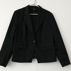 Mossimo black blazer size 16 buttons sleeves